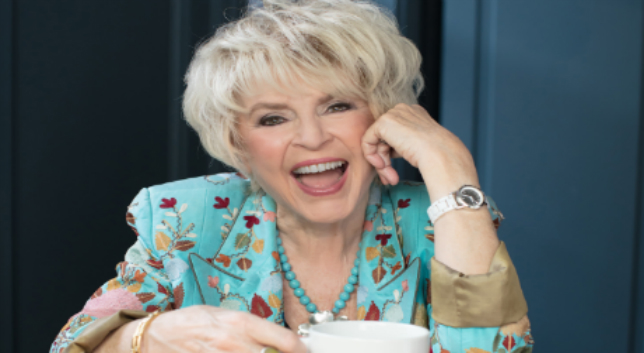 Gloria Hunniford's Guide to Staying Happy